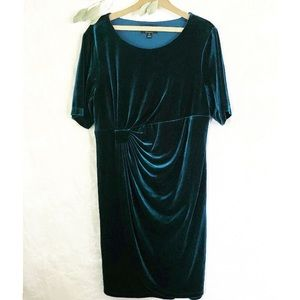 Connected Woman Plus Teal Velvet Drape Dress 18W